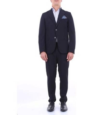 Modrý oblek Besilent