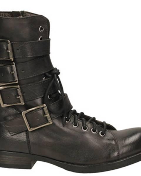 Čierne topánky J.p. David