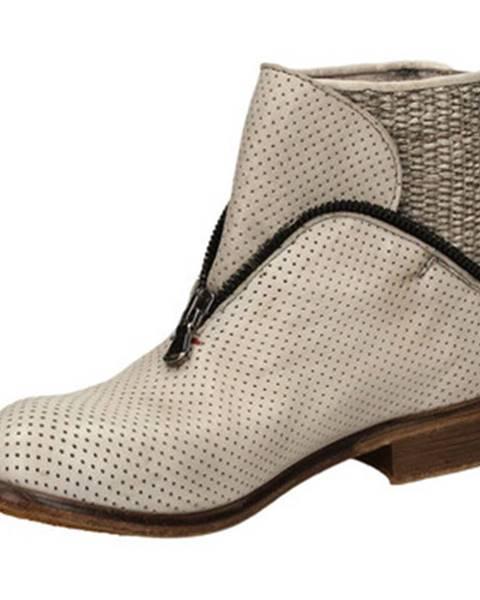 Biele topánky J.p. David
