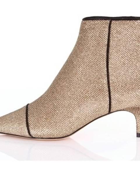 Zlaté topánky Alexandre Birman