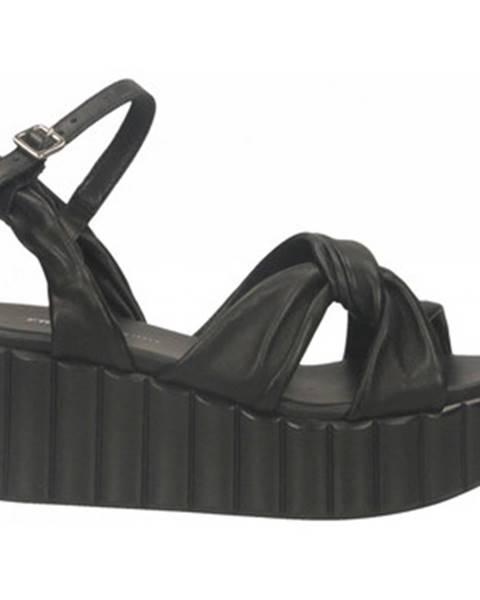 Čierne topánky Frau