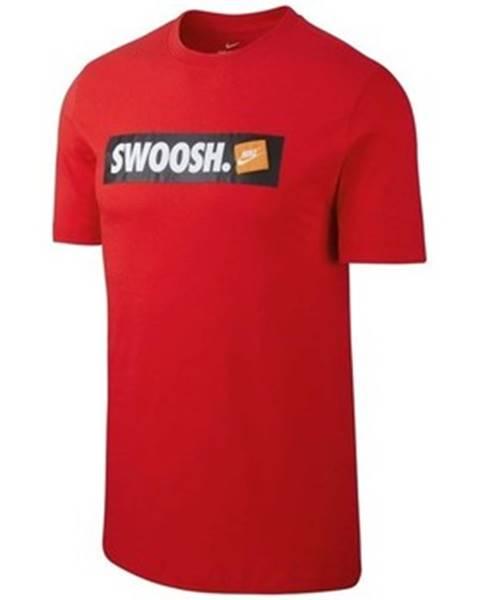 Červené tričko Nike