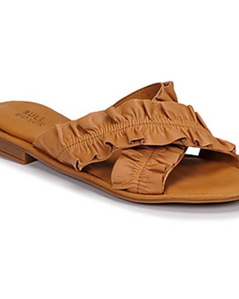 Hnedé sandále Bullboxer